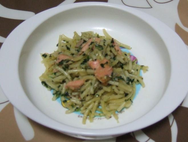 鮭と青菜のペペロンチーノ