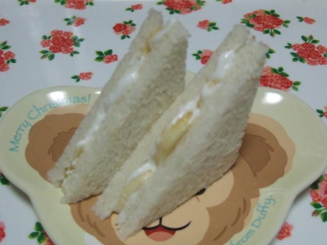 バナナヨーグルトサンドイッチ