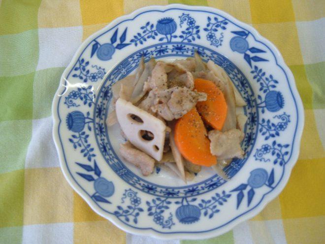 豚ばらと根菜のスパイシー煮