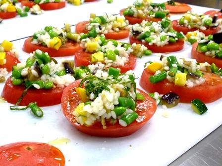 魚沼産コシヒカリと夏野菜のサラダ