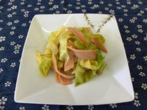 ハムとキャベツのホットサラダ