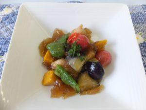 鶏むね肉と野菜の揚げ浸しジュレ