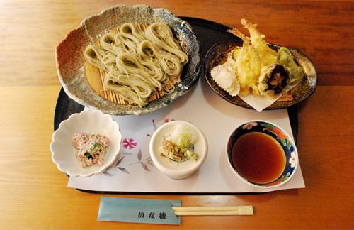 日本料理いな穂 天付手振そば