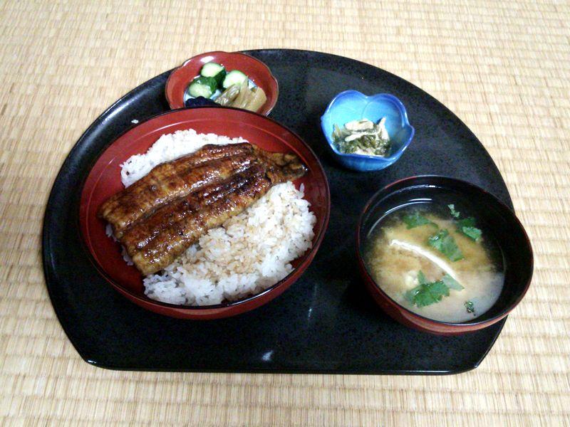 日本料理いな穂 うな丼