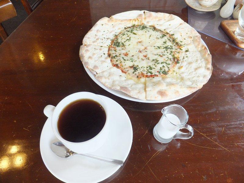 フレーバー・カップ コーヒー&マルゲリータピザ